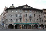 Piazza del Duomo, case Cazzuffi - Rella - Trento